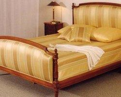Julien Lachaux Antiquités - Beaune - Les meubles de chambre